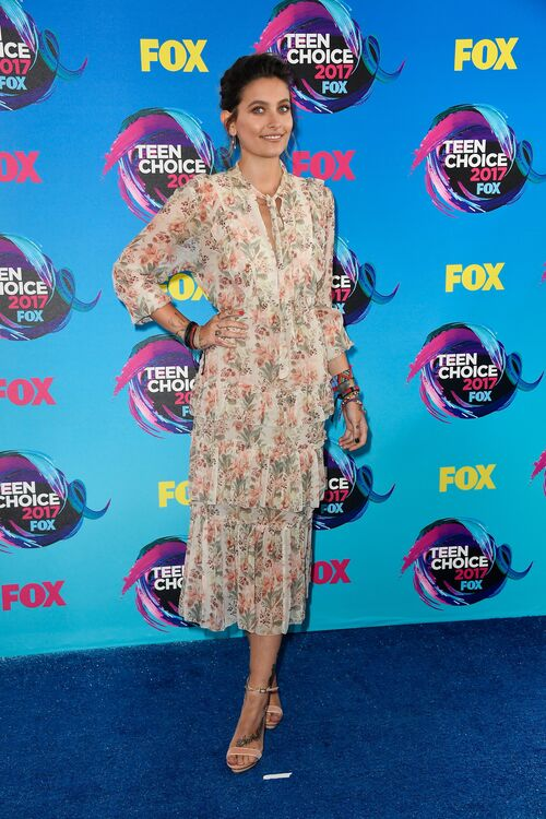The 8 Best Looks From The 2017 Teen Choice Awards