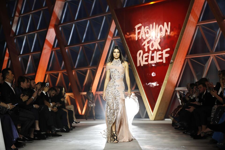 Kendall Jenner To Receive The Fashion Icon Of The Decade Award