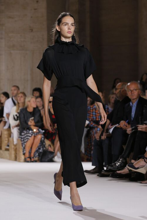 NYFW: Victoria Beckham Makes The Case For A Colourful Work Wardrobe