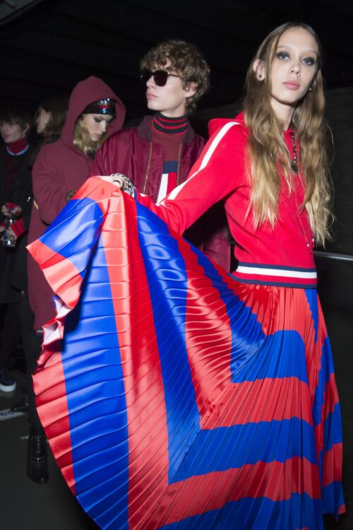 The Best Backstage Photos From TommyNow's Fashion Show