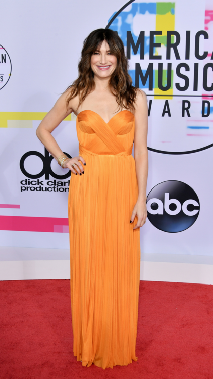 All The Must-See Looks From The AMAs