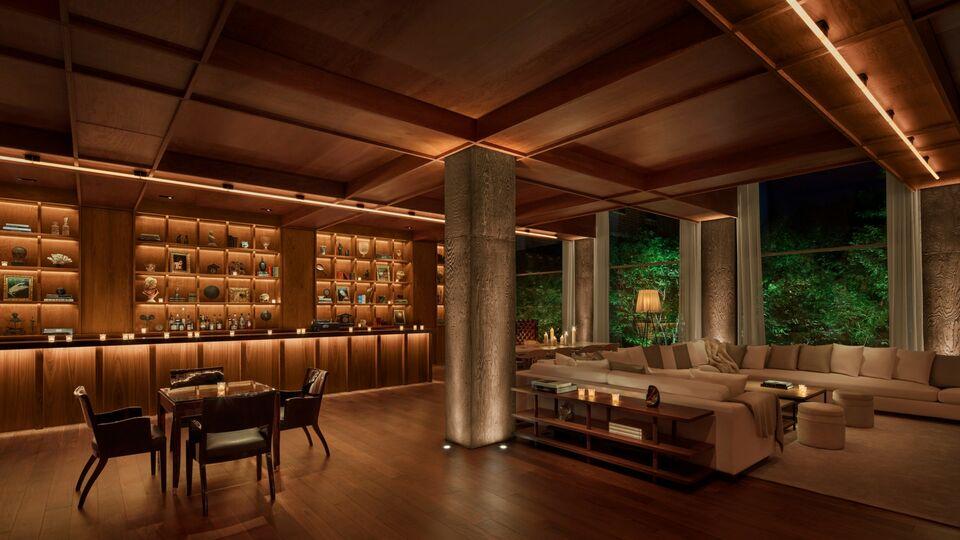 En Plein Public: Modern Living Is Key At Public Hotel NYC By Ian Schrager