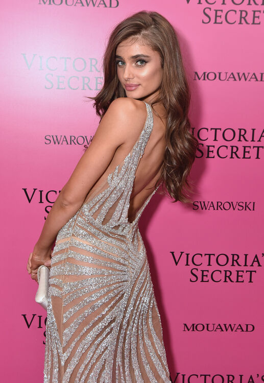 Taylor Hill Reveals Her Top Beauty And Fitness Tips