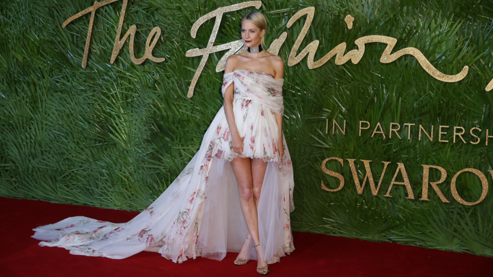The Best Red Carpet Looks From The 2017 Fashion Awards