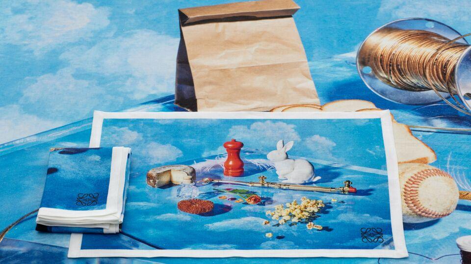 Loewe table linen