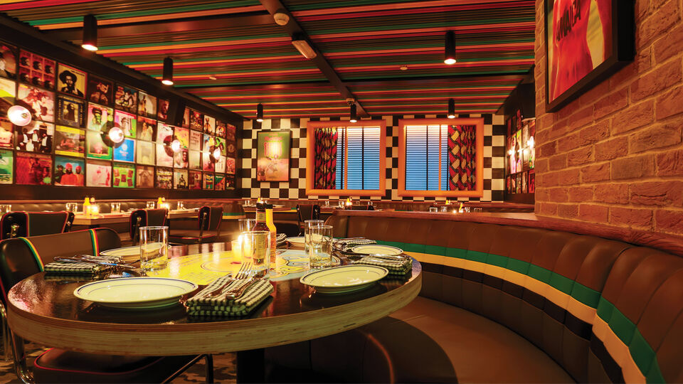 5 Top Tables In Dubai And New York City