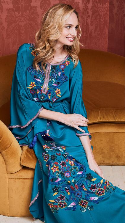 Lauren Santo Domingo Moda Operandi