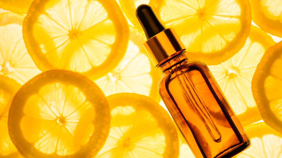 How To Incorporate Vitamin C Into Your Skincare Routine