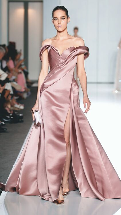 10 Dazzling Pink and Red Wedding Gowns