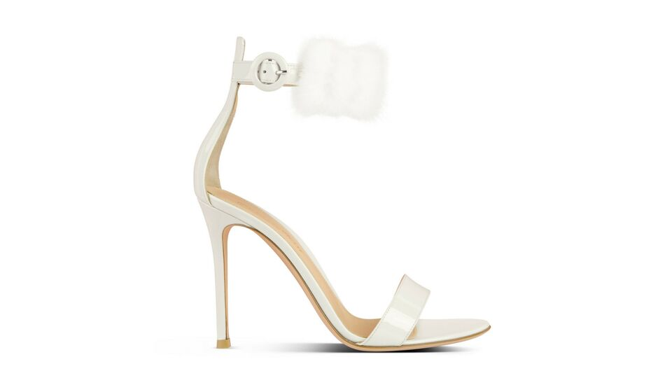 Trending: 15 Shades of White Your Winter Wardrobe Needs