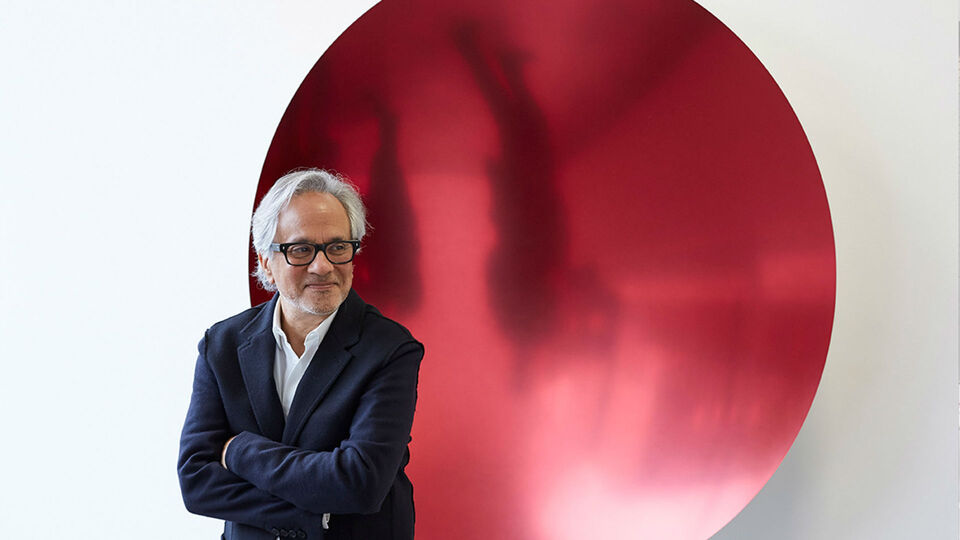 Anish Kapoor Donates $1 Million To Refugee Cause