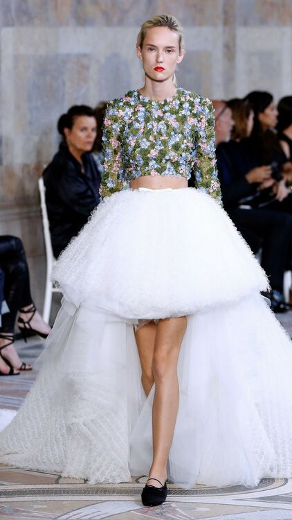 7 Wedding Dresses with Full Skirts To Sweep You Of Your Feet