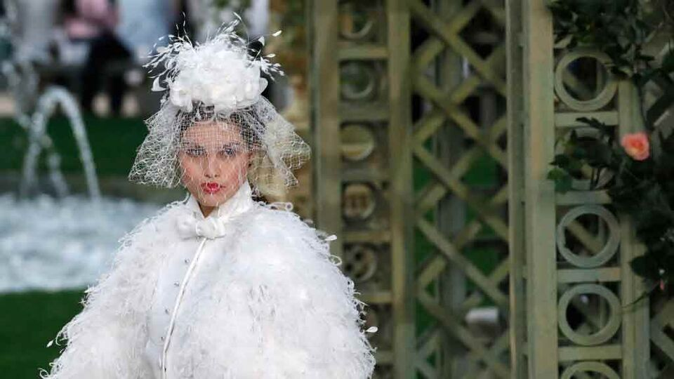 The Chanel Couture Show Gave Bridal Beauty Inspiration