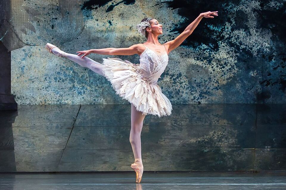 What A Professional Ballet Dancer Eats In A Day