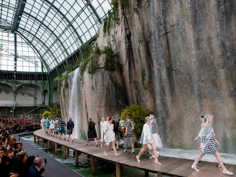 Chanel Will Contribute Dhs113 Million To Help Renovate The Grand Palais