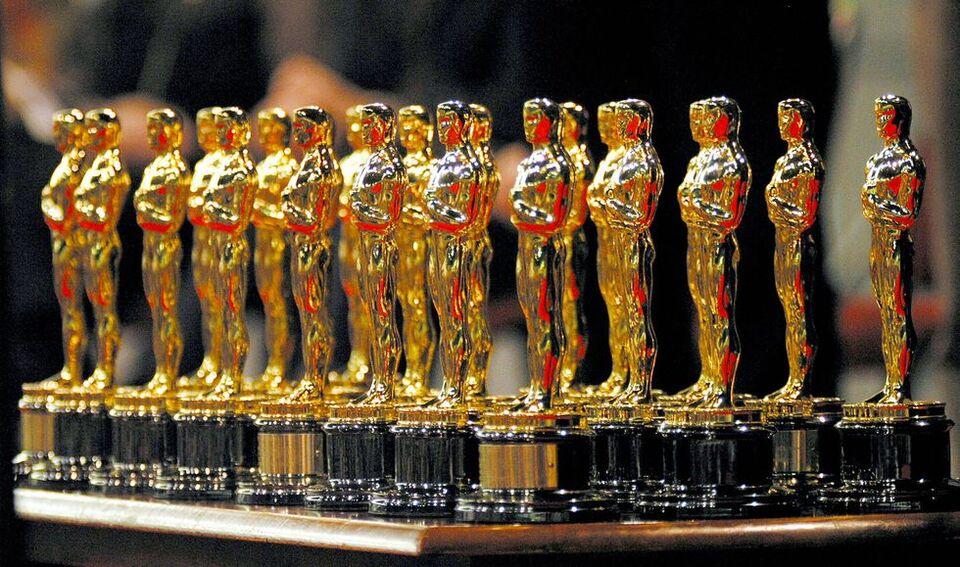 See Inside The Incredibly Lavish Oscars Gift Bag