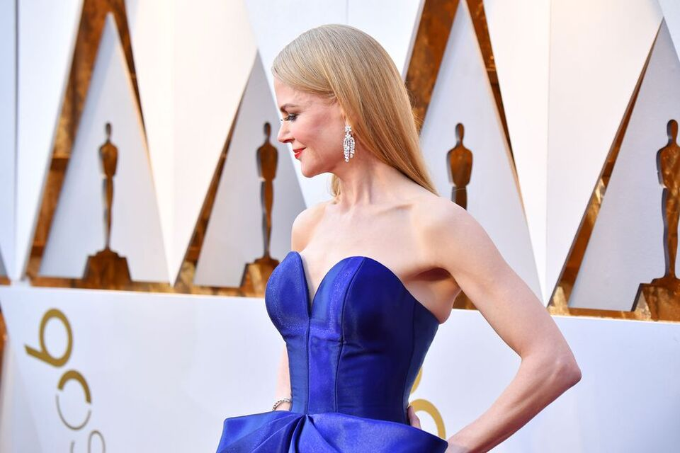 See Nicole Kidman's Show-Stopping Oscars Gown From All Angles