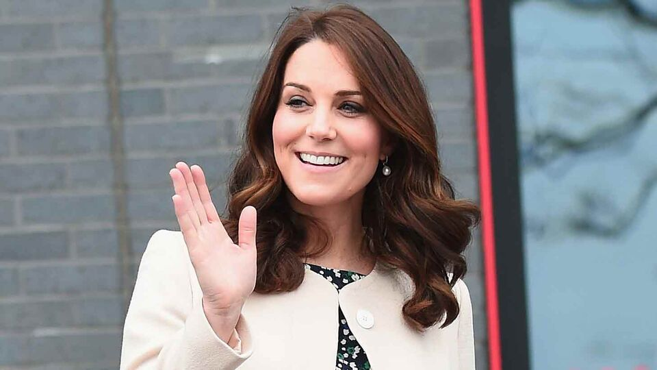 Kate Middleton Just Wore A Dhs289 Dress From Zara