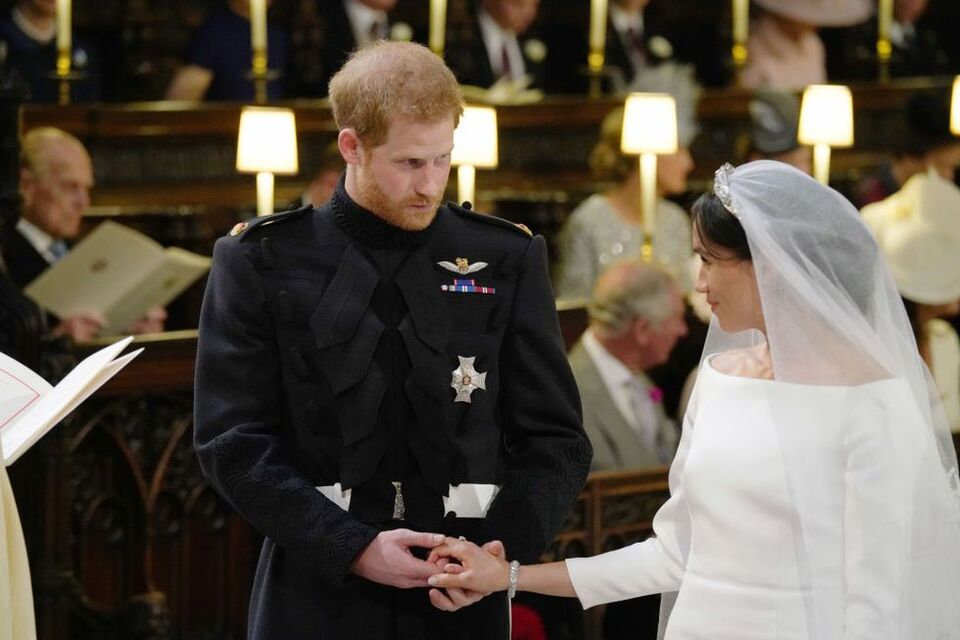 Body language Expert Analyses Prince Harry And Meghan Markle On Their Wedding Day