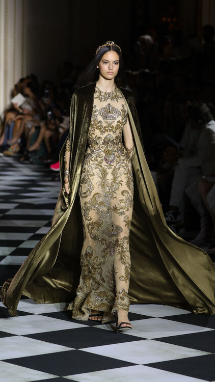 Zuhair Murad Takes Inspiration From Imperial Russia For Autumn/Winter 18 Couture