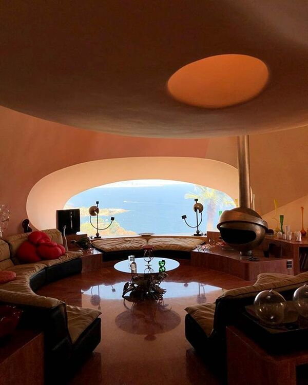 Pictures: Inside The $470 Million House That Simon Porte Jacquemus Vacationed At