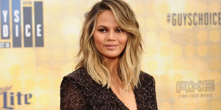 Chrissy Teigen Was Caught In An Earthquake During Family Holiday