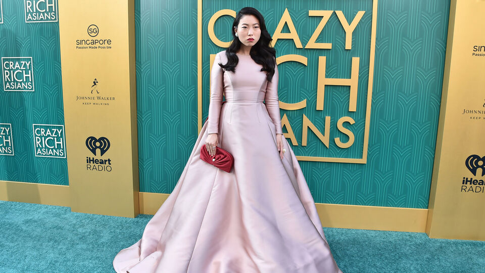 'Crazy Rich Asians' Star Awkwafina Just Wore The Most Dreamy Reem Acra Gown