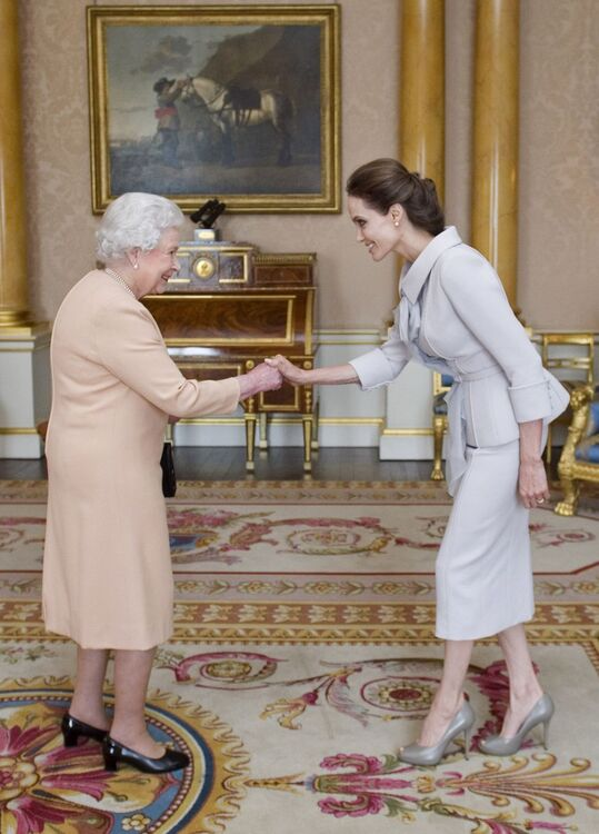By Royal Appointment: What 32 Celebrities Wore To Meet The Queen Of England