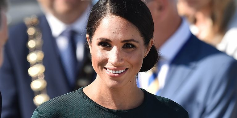 Meghan Markle Just Caught A Flight To Toronto Without Prince Harry Amid Family Drama