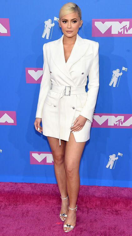 The Must-See Looks From The VMAs Last Night