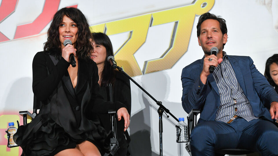 Evangeline Lilly Steps Out In Lebanese Label Georges Chakra