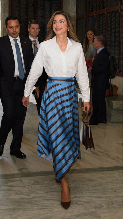 How To Dress Like Queen Rania Of Jordan