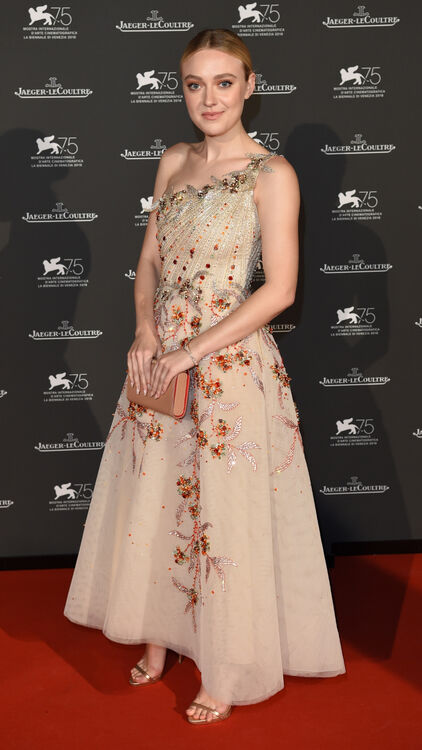 Dakota Fanning Stuns In A Fairytale Couture Gown By A Lebanese Designer