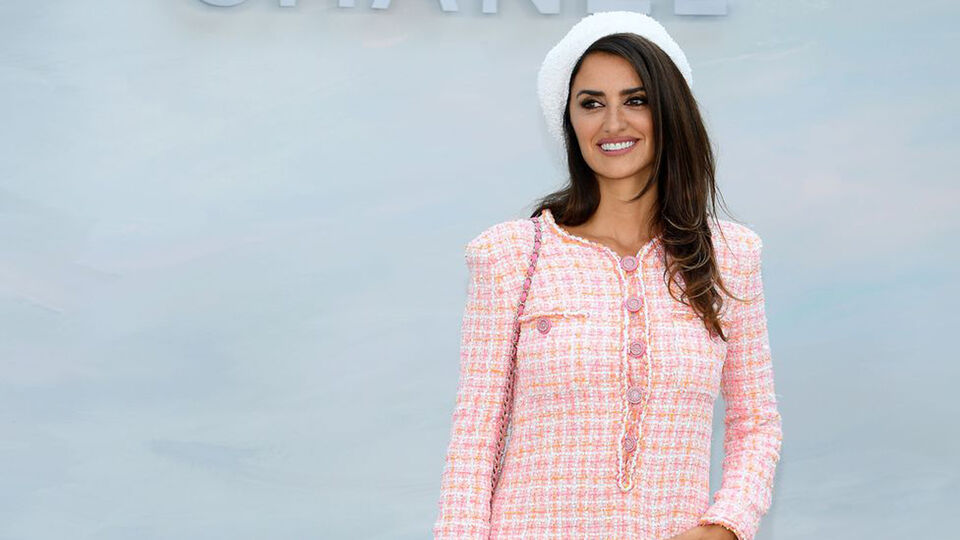 Penelope Cruz On Being The New Face Of Chanel, Feminism, And Using Social Media For Good