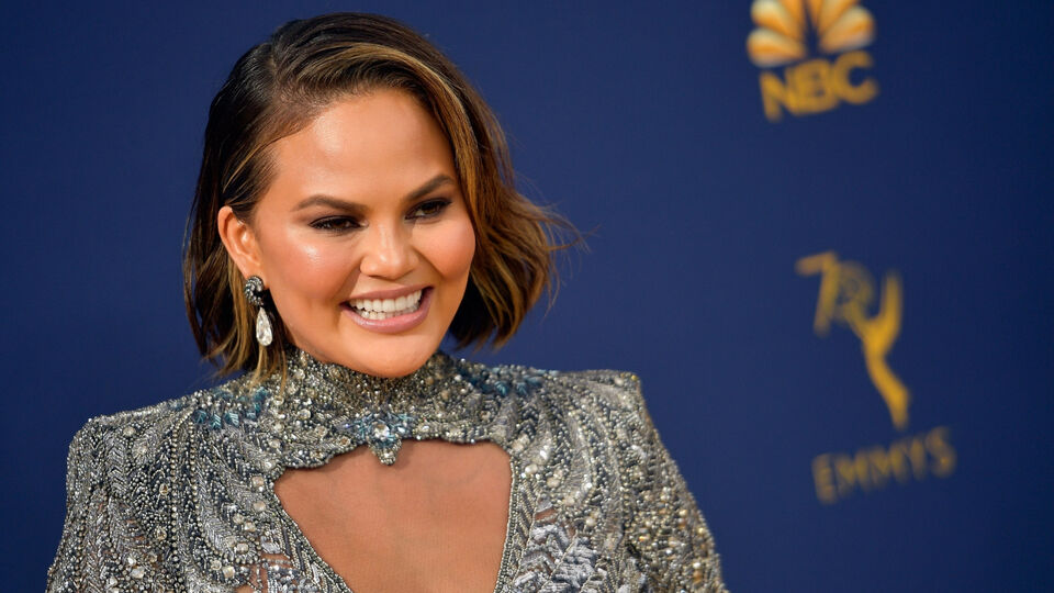 Chrissy Teigen Shut Down A Troll Who Suggested She Looked Pregnant