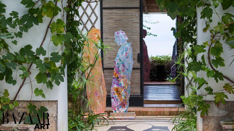 Pictures: Franco-Iranian Artist Sassan Behnam-Bakhtiar Hosts Private Viewing at Santo Sospir Villa