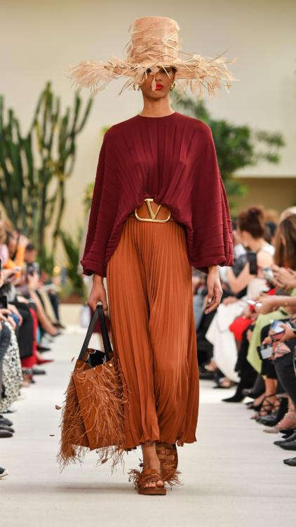 Valentino Brings The Playfulness To Paris Fashion Week
