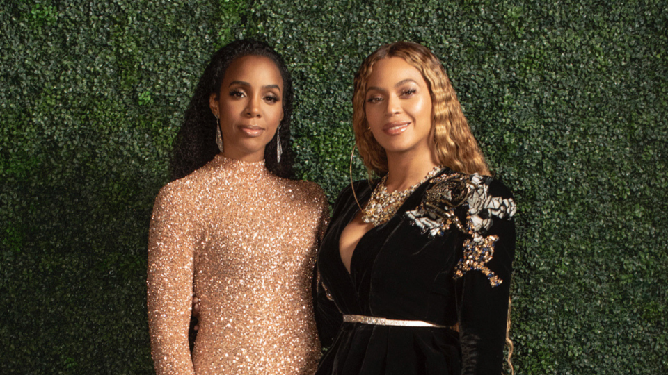 Beyoncé And Kelly Rowland Were Twinning On The Red Carpet In Middle Eastern Designers