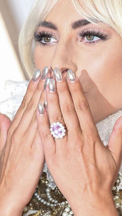 Lady Gaga Engagement Ring Similar To Kate Middleton's