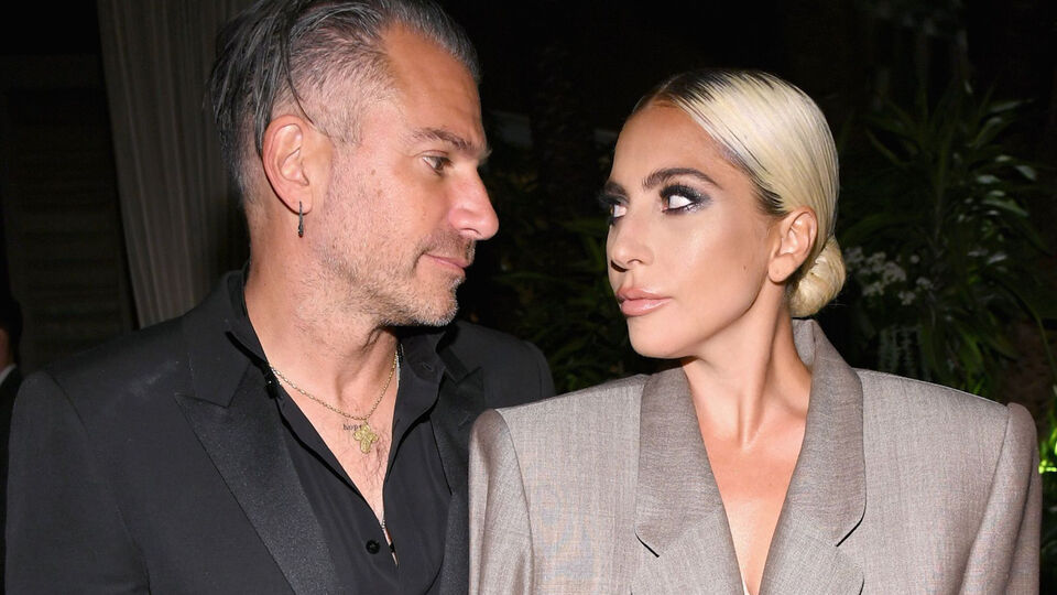Lady Gaga's Engagement Ring Is The Pink Version Of Kate Middleton's
