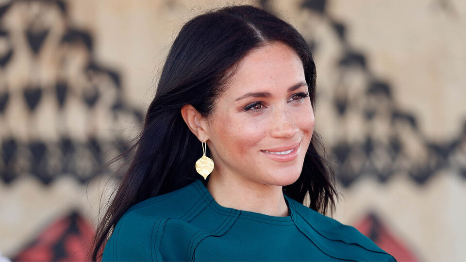 The Duchess Of Sussex Tried Donating A Bag To Charity...And Got Rejected