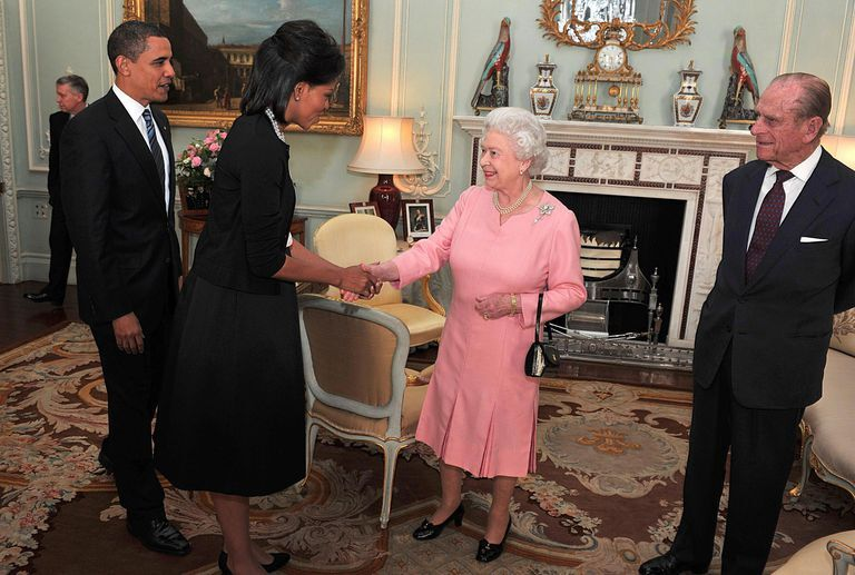 Michelle Obama and Barack Obama visiting the British royals at Buckingham Palace in 2009