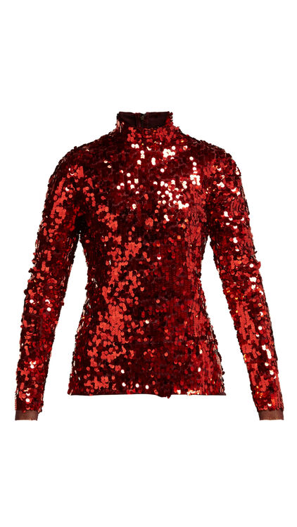 How To Bring Red Into Your Wardrobe *After* The Holiday Season