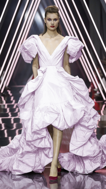 Catwalk Report: Bridal Gowns We Loved From The Autumn/Winter Runways