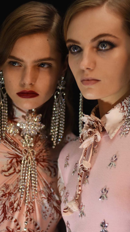 14 Beauty Trends From The A/W19 Runways That Caught Our Eye
