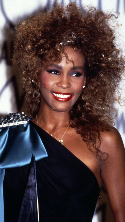 The Most Iconic Diva Hair Moments Throughout The Years
