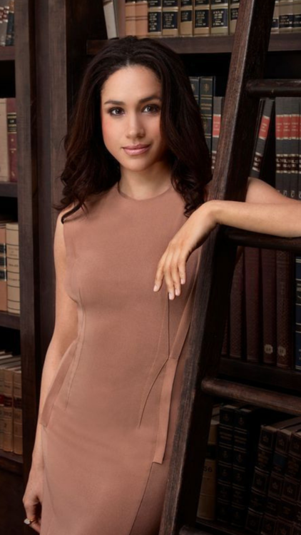 These Are Meghan Markle's Best 'Suits' Outfits