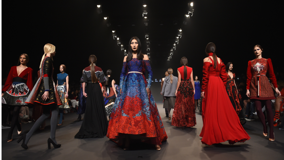 Fashion Forward Dubai Is Introducing Its October Edition - With A Twist
