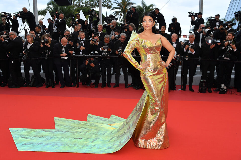 Aishwarya Rai's Jean-Louis Sabaji Dress at Cannes Took 200 Hours To Make