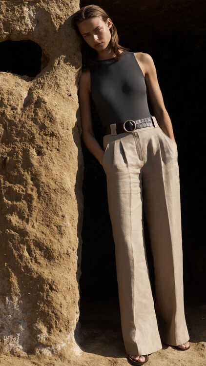 Massimo Dutti Guides You On Your New Season Wardrobe With Its Limited SS19 Collection Capsule Collection